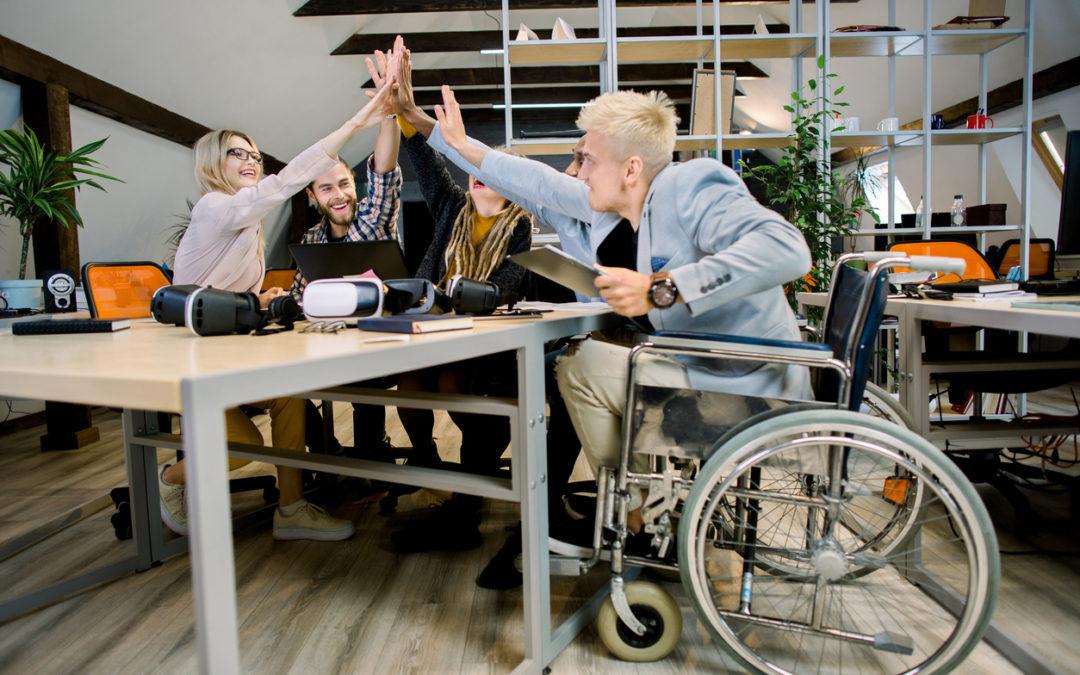 Como melhorar a inclusão de pessoas com deficiência no mercado de trabalho?